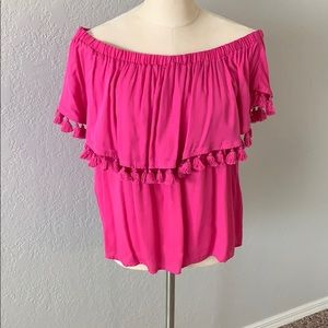 Off the shoulder Gianni Bini blouse